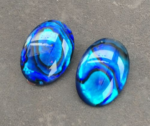 Paua Clip On Stud Earrings - Large Oval Blue PE07-LVB